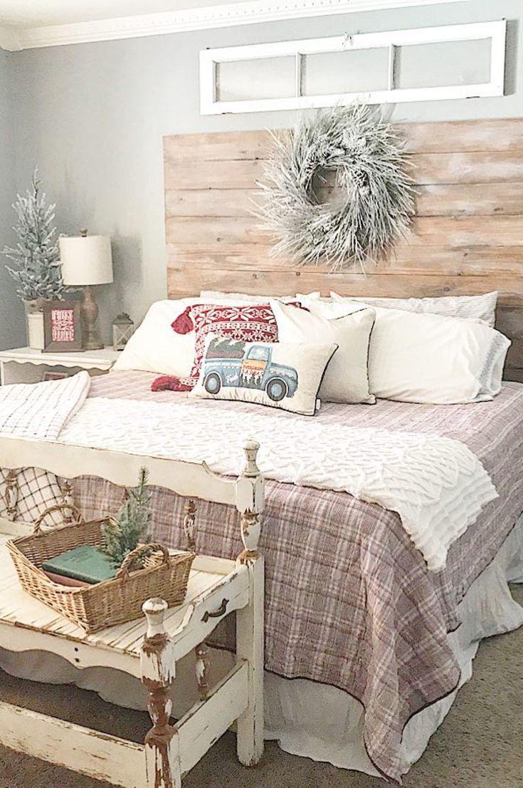 30 Free Cozy Christmas Bedroom Decoration Ideas New 2020