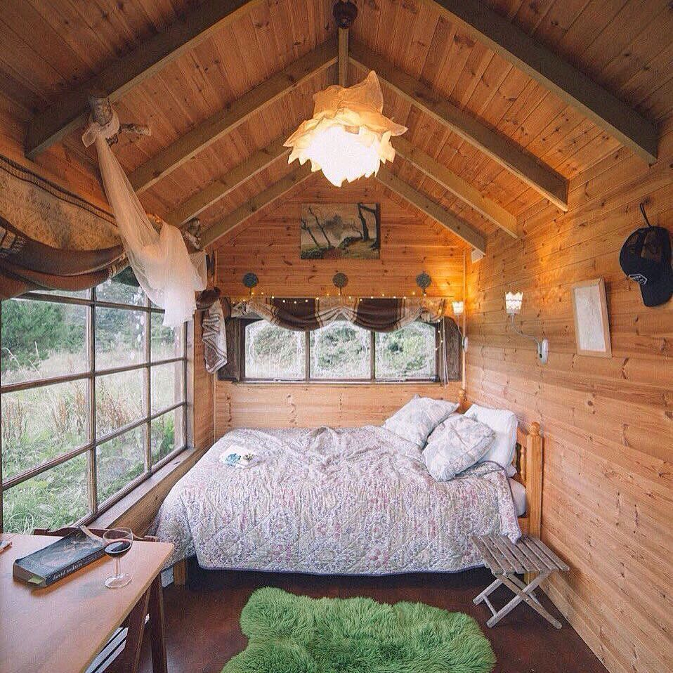 A Dark Cozy Moody Masculine Bedroom Lots Of Wood Dark: 35+ Stunning Bedroom Design Ideas 2019